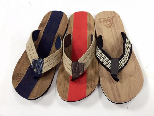 3 modellen teenslipper Wood